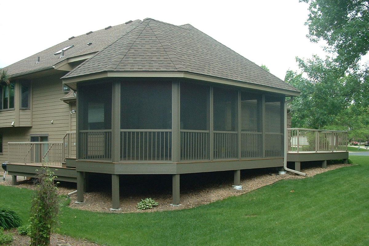 Shoreview Exterior Porch